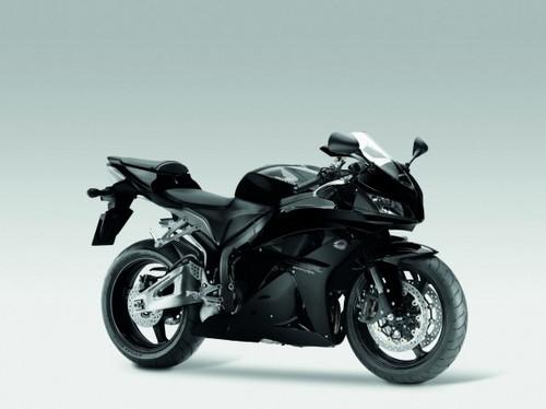 Honda_cbr600rr_2011_03